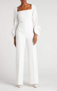ชุดสีขาวล้วนสำหรับผู้หญิง