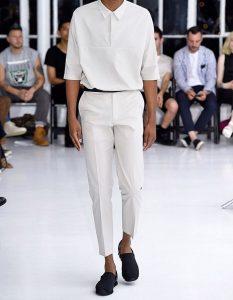 ชุดสีขาวล้วนสำหรับผู้ชาย