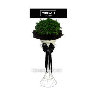 ต้นพุดศุภโชคทำเป็นพวงหรีดต้นไม้ โบว์สีดำp001