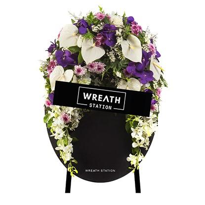 """""""พวงหรีดดอกไม้สดโทนสีม่วง เอกลักษณ์ที่มีแค่ Wreath Station ที่เดียว """""""