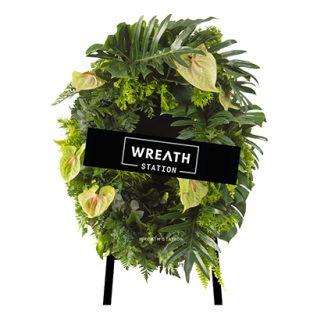"""""""พวงหรีดดอกไม้สด เต็มไปด้วยใบไม้เขียวขจี ถูกใจกลุ่มคนรักธรรมชาติแน่นอน """""""